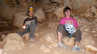 Dry Caving Nullarbor Tommy Grahams
